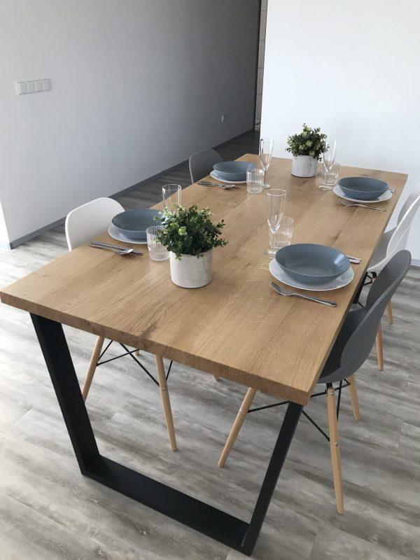 Jídelní stůl GEORGIE